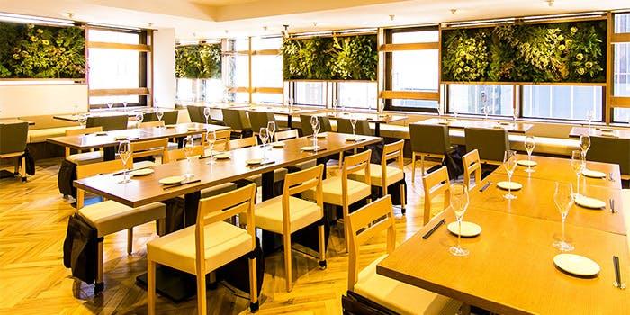 汐留・新橋おしゃれカフェ&レストラン_オーガニック野菜 × バルkitchen kampo's
