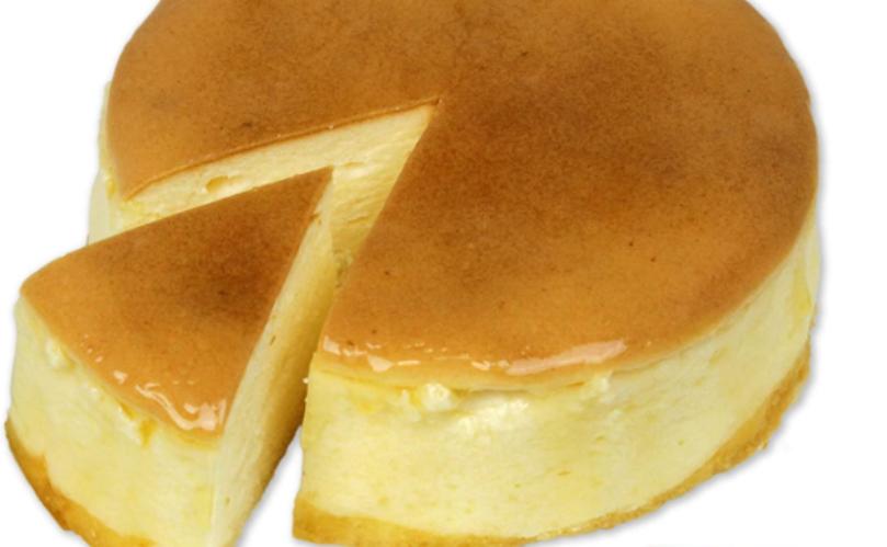 おすすめチーズケーキ_魔法洋菓子店/ソルシエ 満月のスフレ チーズケーキ 5号