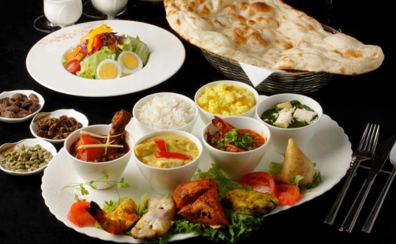 天王洲アイルテイクアウト_サベラ ティッカ ビリヤニ(インド料理)
