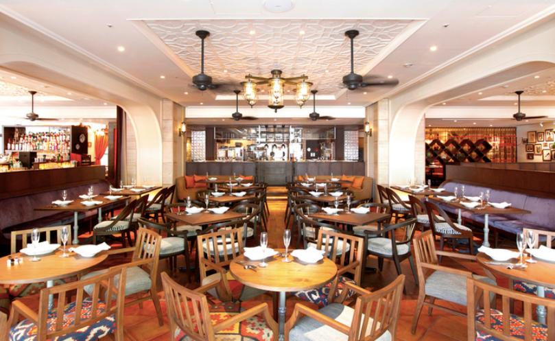 日比谷おしゃれカフェのシクスバイオリエンタルホテル
